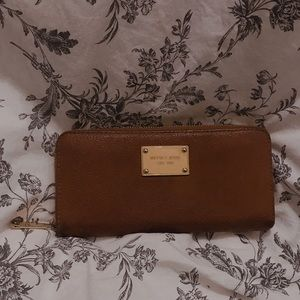 Michael Kors Slim Leather Wallet